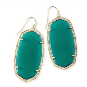Kendra Scott Danielle Earrings in Emerald (NWT)